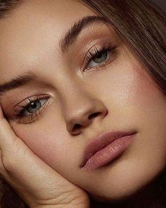 natural eye makeup looks Natural Summer Makeup, Natural Beauty Tips, Natural Makeup Looks, Natural Lips, Pink Makeup, Day Makeup, Makeup Tips, Makeup Ideas, Makeup Style