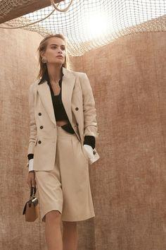Brunello Cucinelli Spring 2020 Ready-to-Wear Fashion Show - Vogue Fashion Mode, Slow Fashion, Fashion 2020, Fashion Week, Spring Fashion, Fashion Show, Fashion Outfits, Fashion Trends, High Fashion