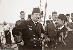 الملك فاروق اثناء زيارته لمدرسة البحرية فى ابو قير عام 1943م