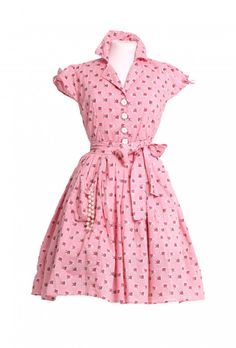 Lovely pink/red gingham frock from Love Ur Look (wish they'd change the name of the brand, it doesn't suit such lovely vintage-inspired pieces!)