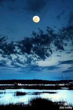 Full moon high tide twilight... Hilton Head Island dreaming... http://HiltonHeadRealtySales.com