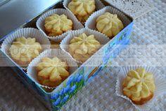 Bucataria casei noastre: Fursecuri cu unt Unt, Pain, Biscuit, Muffin, Breakfast, Ornament, Food, Morning Coffee, Decoration