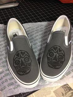 14 Vans shoes skull design