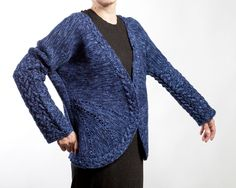 Hand knit Cardigan. Color: Blue. Material: pure wool. Size:S,M
