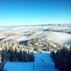 What a beautiful day on the mountain! Marriott Vacation Club, Vacation Resorts, Winter Vacations, What A Beautiful Day, Park City, Mountains, Nature, Travel, Winter Holidays