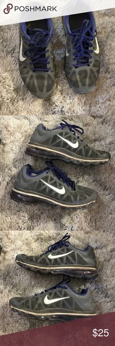 Nike Airmax sneakers gray purple These were my daily workout sneakers but has a ton of life left. Excellent condition. Even wear ( no wear on tread). True to size Shoes Sneakers