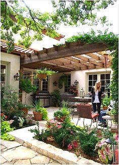 Pretty courtyard...