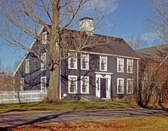 Someone please build me a Saltbox house