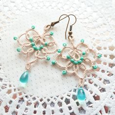 Boho retro lace earrings - beige with turquoise seed beads