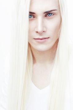 Julius Winter (Ingwë), Duke of Hell. Drug Kingpin , pushed a drug called Brimstone, like his club. (Addicted, Lexi Blake)