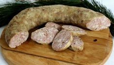 Chisca de casa moldoveneasca Romania Food, Charcuterie, Smoked Bacon, Smoking Meat, Saveur, Diy Food, Slow Cooker, Sausage, Food And Drink