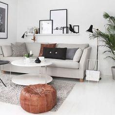 Een mooi voorbeeld van hoe cognac leer meer warmte in het interieur brengt.. #interiordesign #interieurinspiratie #interior #interieur #cognac