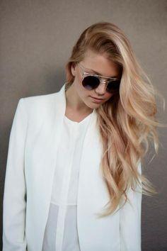 Rose gold hair colour this colour for spring/summer 2014 in blond hair Love Hair, Great Hair, Gorgeous Hair, Beautiful, Gold Hair Colors, Gold Colour, Hair Colour, Looks Cool, Hair Dos