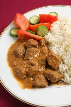 Recipe for Massaman Curry with Beef in the Slow Cooker. Slow cooker curry isn't always the prettiest dish but it sure is delicious and tender!