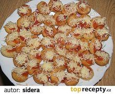langoše jednohubky - potíráme kečupem s česnekem a sýrem Potato Salad, Cauliflower, Macaroni And Cheese, Shrimp, Pizza, Brunch, Cooking Recipes, Sweets, Snacks