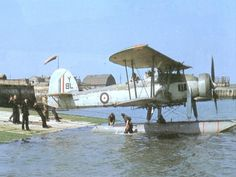 http://ww2eagles.blogspot.fr/2013/06/fairey-swordfish-photogallery.html