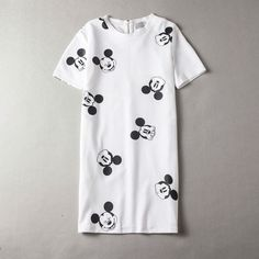 new style Mickey casual T-shirt printing head dress Short sleeved waist dresses 2 color sub all-match loose dress Mickey Mouse Shorts, Casual T Shirts, 2 Colours, Headdress, Short Sleeve Dresses, Shirt Dress, Prints, Mens Tops, Color