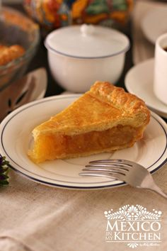 mexican culture How to make Pineapple Pie recipe Pineapple pie is sold in my hometown of Tampico. It always brings back sweet memories. You can use store-bought pie crust or use your f Authentic Mexican Recipes, Mexican Food Recipes, Dessert Recipes, Authentic Food, Dinner Recipes, Pineapple Pie Recipes, Baked Pineapple, Sweet Pie, Sweet Bread