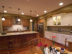 Amazing & Organized Kitchen | Plan 091D-0021  houseplansandmore.com  #kitchen #interiordesign