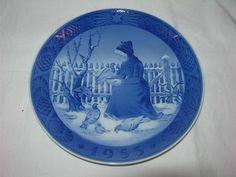 Royal Copenhagen Christmas Plate 1955 Fano Girl Mint   eBay