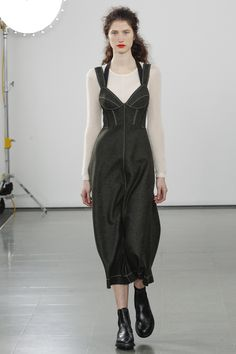Pringle of Scotland Fall 2016 Ready-to-Wear Fashion Show  The Pringle of Scotland catwalk this season was painfully lacking in diversity  http://www.theclosetfeminist.ca/  http://www.vogue.com/fashion-shows/fall-2016-ready-to-wear/pringle-of-scotland/slideshow/collection#4