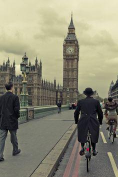 London Tweed Run, May 2012 ByHanson Leatherby