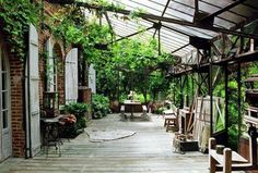 Outside the art studio :) Oh wouldn't this be a wonderful space to create?