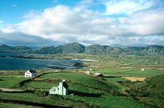 Allihies, Beara peninsula, County Cork, Munster.  Allihies, a coastal village on the Beara Peninsula in the west of County Cork, is also known as Cluin.