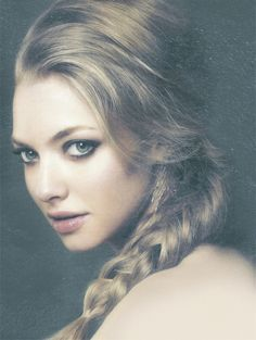 Amanda Seyfried #celebrities, https://facebook.com/apps/application.php?id=106186096099420,https://apps.facebook.com/yangutu