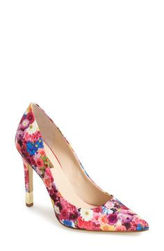 Gorgeous floral pumps for spring!