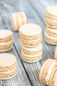 Snickerdoodle Macarons | Love this dessert idea. Can't wait to try these.