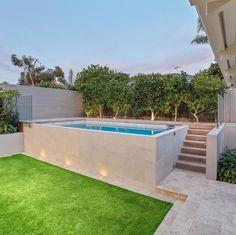 Hot Tub Backyard, Backyard Pool Landscaping, Backyard Pool Designs, Small Backyard Pools, Small Pools, Swimming Pools Backyard, Swimming Pool Designs, Outdoor Pool, Kleiner Pool Design