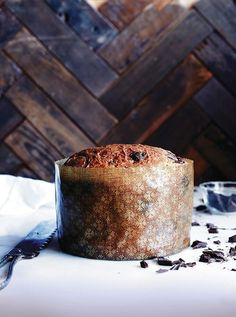 Chocolate-studded Panettone — perfect for the holidays! Scented with vanilla, loaded with dark chocolate, this Chocolate-Studded Panettone is a nice one to have on hand for holiday brunches or teas, and it makes a great gift. Wrapped with baker's twine, it looks festive and fun! #panettone #bread #recipe #diy #chocolate Christmas Desserts, Christmas Baking, Christmas Bread, Italian Christmas, Holiday Bread, Christmas Things, Christmas Recipes, Panettone Bread, Chocolate Chip Panettone Recipe
