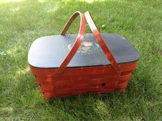 Vintage Red and Black Painted Picnic Basket. Wood hinged cover and swing handles. Lid has Tole painted styling. Vintage Picnic Basket, Picnic Baskets, Wood Hinges, Enamel Paint, Stencil Designs, Hamper, Seasonal Decor, Vintage Items