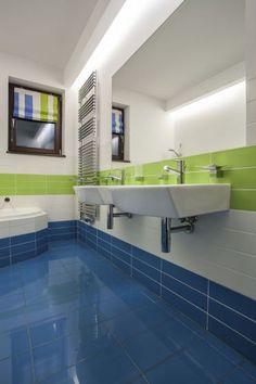 Como decorar el baño en color azul y verde - Para Más Información Ingresa en: http://banosmodernos.com/como-decorar-el-bano-en-color-azul-y-verde/