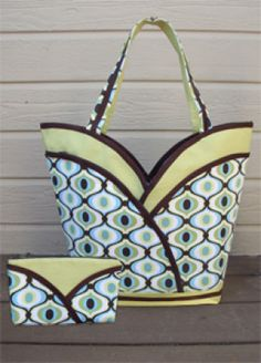 Download Petal Purse, Tote & Cosmetic Bag Sewing Pattern | Handbags Downloadable Sewing Patterns | YouCanMakeThis.com