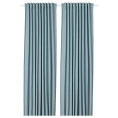 IKEA - TIBAST, Zasłona, 2 szt., niebieski, Zasłony zapobiegają wnikaniu większości światła i zapewniają prywatność zasłaniając wgląd do pomieszczenia z zewnątrz. Zasłony można zawiesić na karniszu dzięki schowanym szlufkom lub przy pomocy pierścieni i haczyków. Zawiera: 2 zasłony.