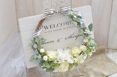 〜木目×フラワーリース〜ウェルカムボード Crazy Wedding, Welcome To Our Wedding, Diy Crafts For Kids, Wedding Reception, Wedding Ideas, Bouquet, Wreaths, Flowers, Handmade