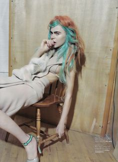 Light Green/Blue pastel with whatever color that is. BEYOND obsessed with this hair.