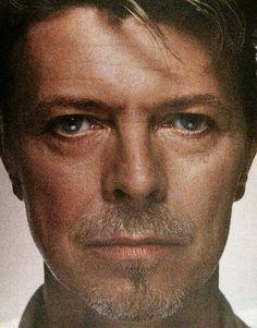 David Bowie ––––––––––––––––––––––––––––– Home – … Videos – youtube.com/... … VSuche – … Last FM – … SCloud – … Twitter – …