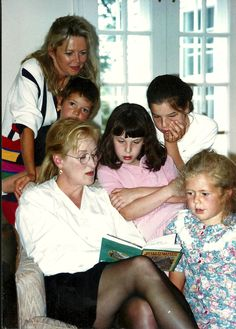 StoryTime with Meryl Streep-a family moment I love.Get great love tips in my blog www.TribeOfBlondes.com