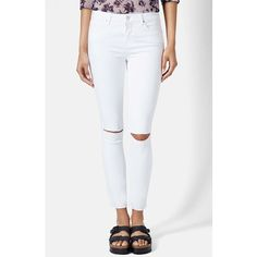 Women's Topshop Moto 'Leigh' Ripped Ankle Skinny Jeans ($41) ❤ liked on Polyvore featuring jeans, white, denim skinny jeans, white distressed jeans, destroyed skinny jeans, white destroyed jeans and skinny jeans