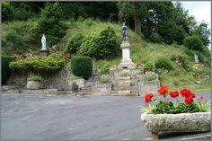 Voici les photos du village de Bonneval et des alentours. Pour rappel, et pour situer ces images dans leur contexte, Bonneval est situé dans le département de la Haute-Loire de la région de l'Auvergne et a une surface de 14.66 Km ² pour une population...