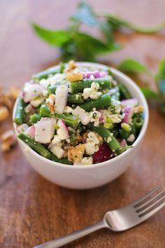 Green Bean Salad with Walnuts, Feta, and Lemon-Mint Vinaigrette #vegetarian #salad #summer
