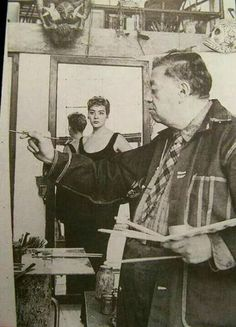 Silvia Pinal y Diego Rivera Diego Rivera, Frida And Diego, Travel Ads, Mexico Art, Artists And Models, Political Art, Mexicans, Classic Beauty, Artist At Work
