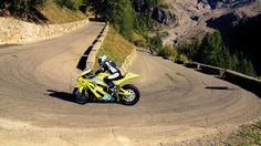 Carlin Dunne takes his Lightning Electric Superbike up Pikes Peak (Photo: Lightning Motorc...