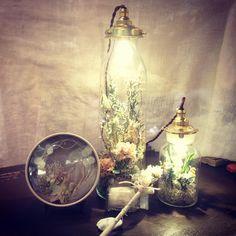 アフターブーケの最新版*ガラス瓶の中にお花とライトを閉じ込める〔ボトルライト〕が可愛すぎ♡ | marry[マリー]