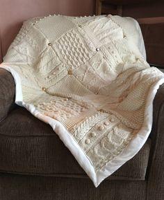 Sweater Quilt, Sweater Pillow, Wool Quilts, Rag Quilt, Recycled Sweaters, Wool Sweaters, Old Sweater Crafts, Manta Crochet, Quilt Patterns