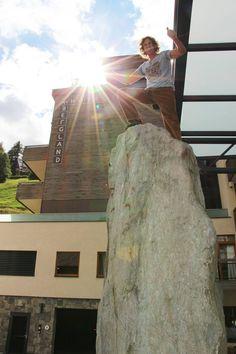 """Stefan Glowacz, Alpinist und Erstbesteiger des Bergland """"Hausberg"""" Design Hotel, Snow Skiing, Berg, Champion, Mountains, World, Summer, The World, Bergen"""
