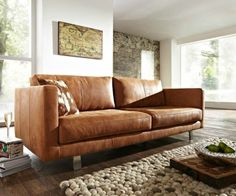 laminate floor in combination with cognac leather sofa. Furniture, Lounge Room Styling, Sofa Design, Sofa, Leather Couch, Cognac Leather Sofa, Modern Rustic Decor, Couches Living Room, Living Decor